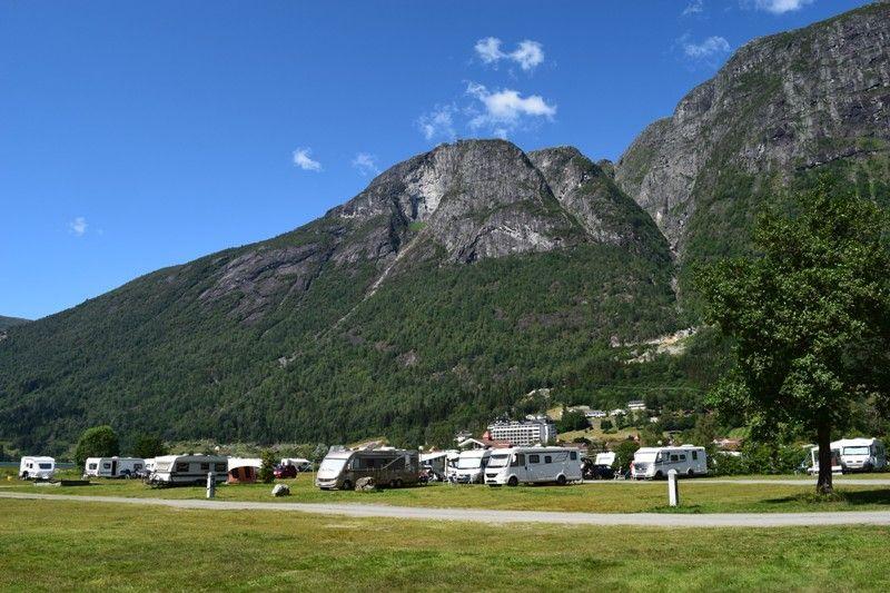Lo-Vik Camping Kampeerplaatsen