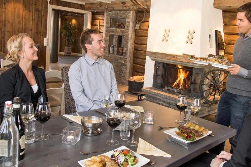 Nordal Turistsenter Lom restaurant