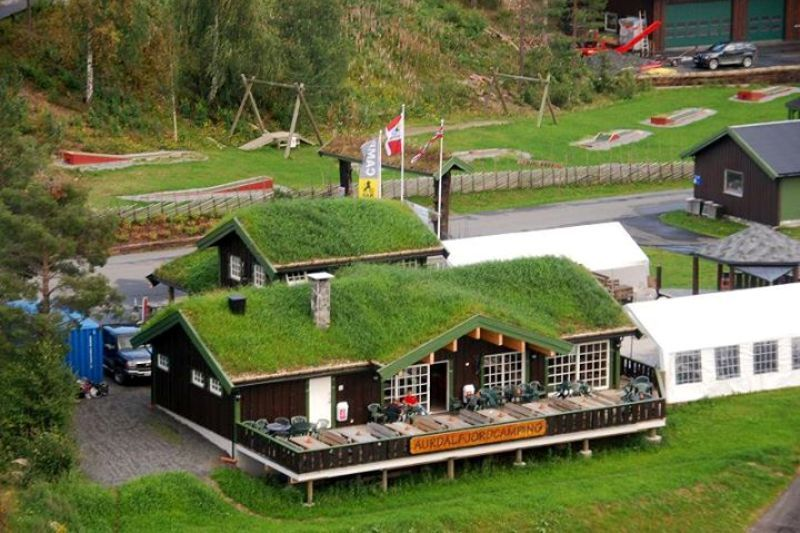 PlusCamp Aurdal Fjordcamping receptie en kiosk