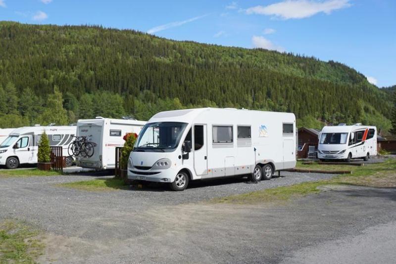 PlusCamp Mosjoen Camping verharde kampeerplaatsen