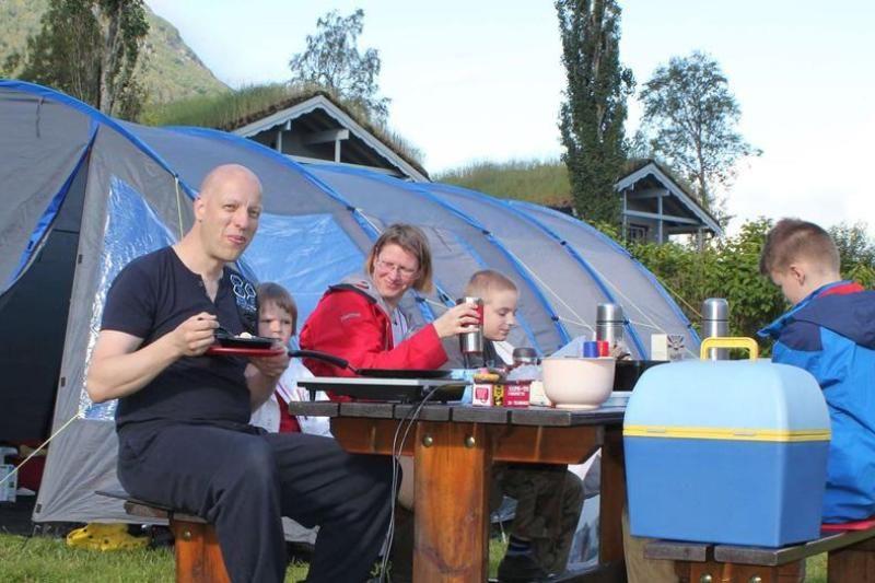 PlusCamp Strynsvatn Camping kampeerplaatsen