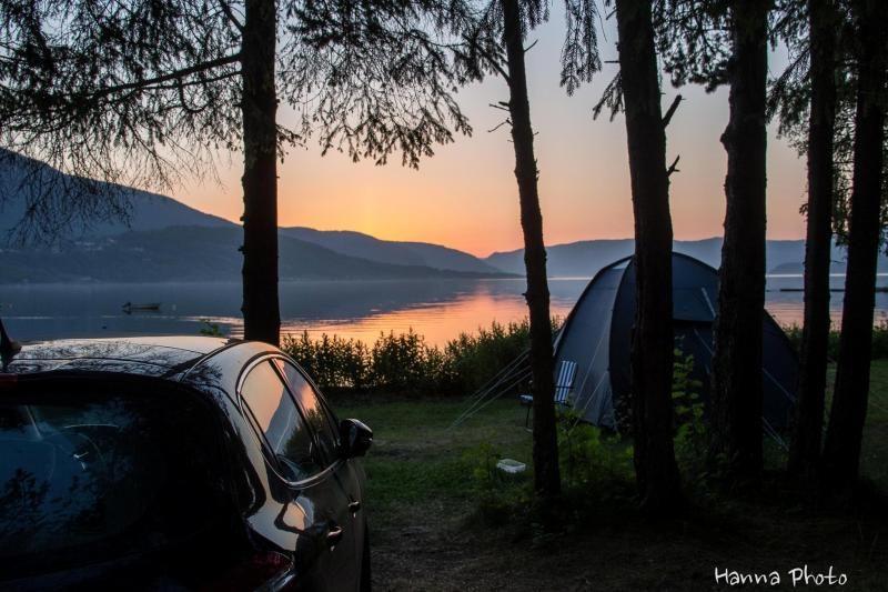 Rognan Fjordcamp tentplaatsen