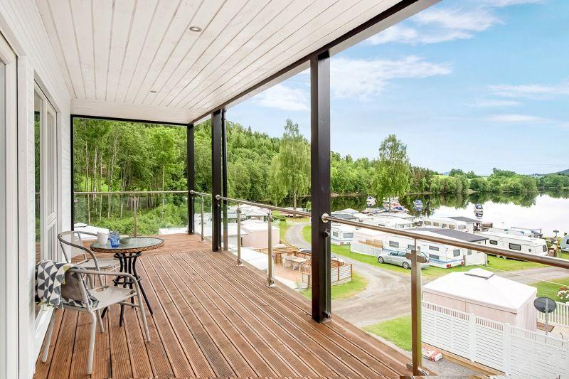 Slovika Camping veranda uitzicht