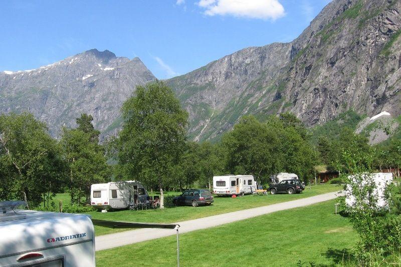 Trollveggen Camping Kampeerplaatsen